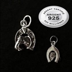 Pendentif tête cheval sur fer à cheval argent 925 P 656
